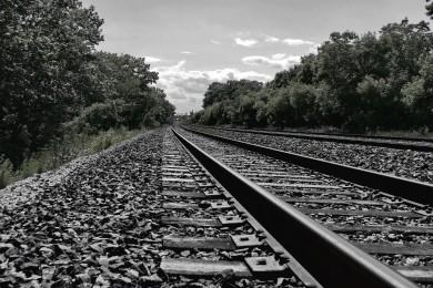 tracks-sky-edit